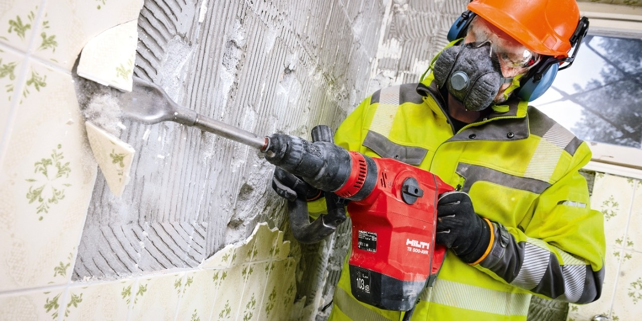 Removing tiles with Hilti TE 500-AVR