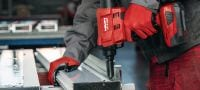 RT 6-A22 Cordless rivet tool 22V rivet tool powered by Li-ion batteries for installation jobs and industrial production using rivets up to 5 mm in diameter Applications 6
